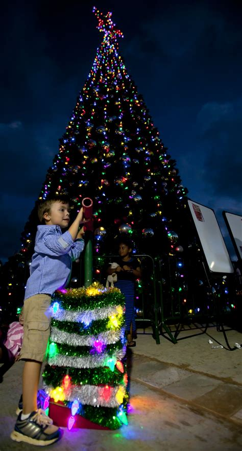dvids images 2013 annual christmas tree lighting