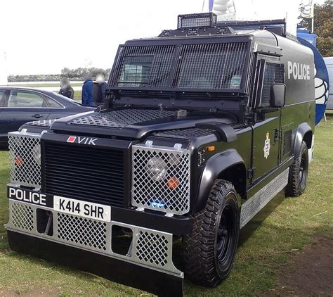 land rover london police armoured landrover by nw54 london via flickr