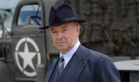 foyle s michael kitchen looks back on foyle s war as series 7