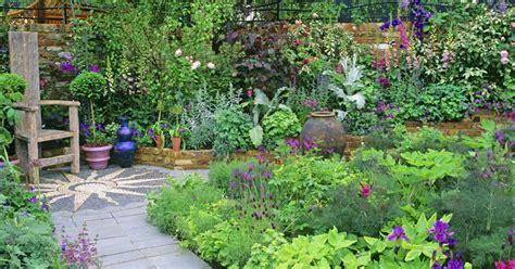 kleine gärten schön gestalten chestha das haus design