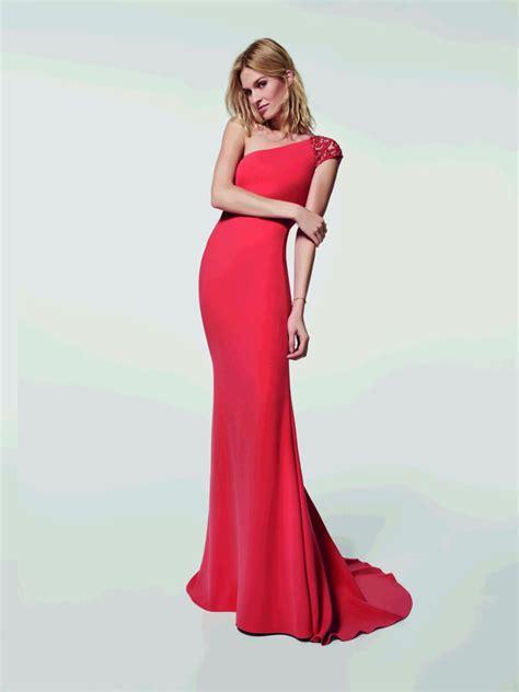 cocktail jurken pronovias pronovias apre lo shop online anche in italia fashion times