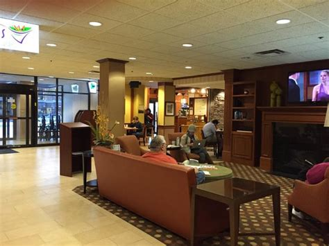 kahler inn suites the lobby at the kahler inn hotel picture of kahler inn