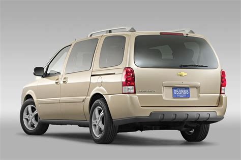 chevrolet uplander 2008 chevrolet uplander reviews specs and prices cars