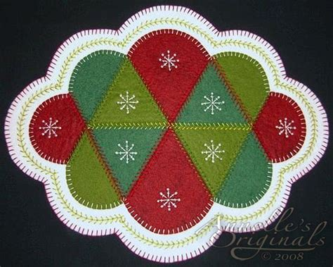 christmas tree mat pattern christmas winter snowflakes penny rug candle mat wool applique
