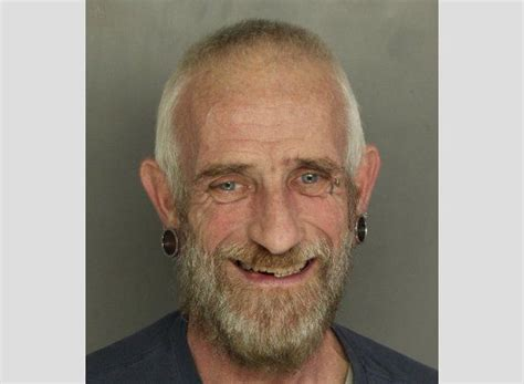 55 yr old mens pics 55 year old man accused of exposing himself to girl