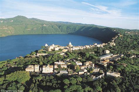 La Lago Castel Gandolfo pope francis abandoned castel gandolfo palace because it
