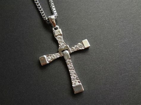 the fast and the furious dominic model cross cross