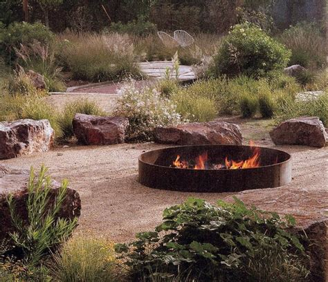 Rustic Firepit 35 Metal Pit Designs And Outdoor Setting Ideas
