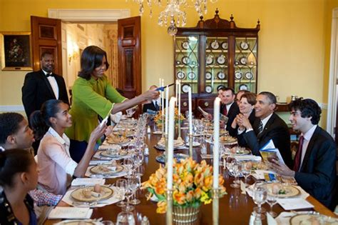dinner host president barack obama and first lady michelle obama host