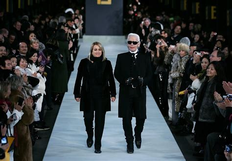 Fendi Catwalk Show In Great Wall Of China by Fendi Great Wall Of China Fashion Show Runway Pictures