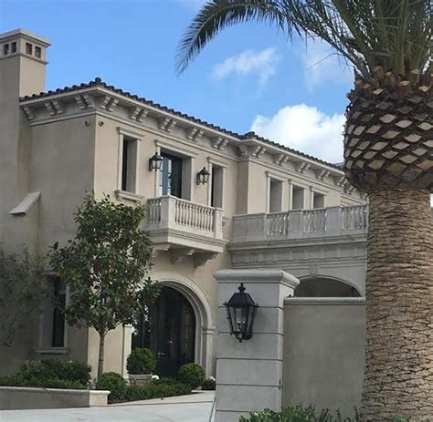 dubrow house take a tour of dubrow chateau with rhoc heather dubrow