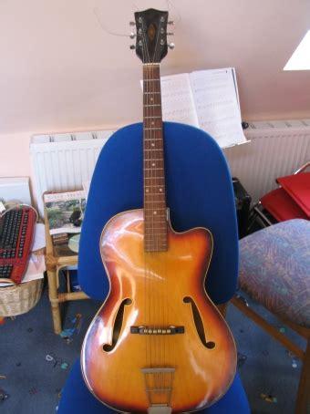 Gitarre Lack Gerissen by Experimente