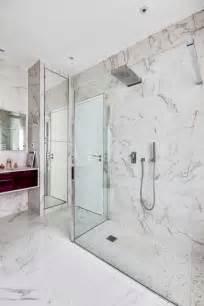 habill 233 e de marbre blanc une salle de bains intemporelle