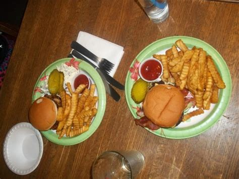 dave s food digger dave s picture of digger dave s food and spirits chloride tripadvisor