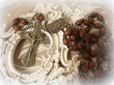 vintage rosary vintage italian rosary vintage wooden by unfinishedbusiness