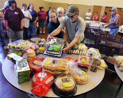 Food Pantry Lincoln Ne by Despite Efforts Study Finds Hunger Persists In Nebraska