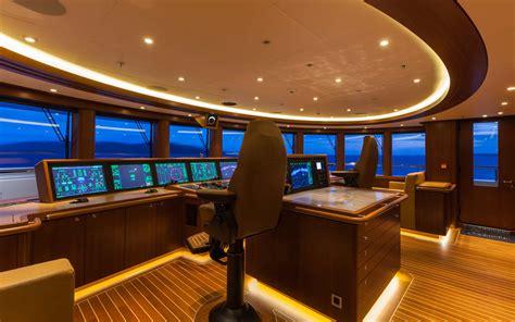 bridge deck yacht solandge