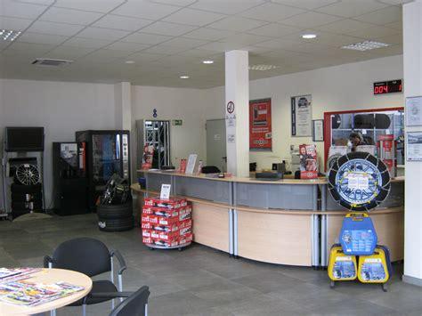 Motorrad Shop Duisburg by Reifenservice Reifencom Gmbh In Duisburg Reifen