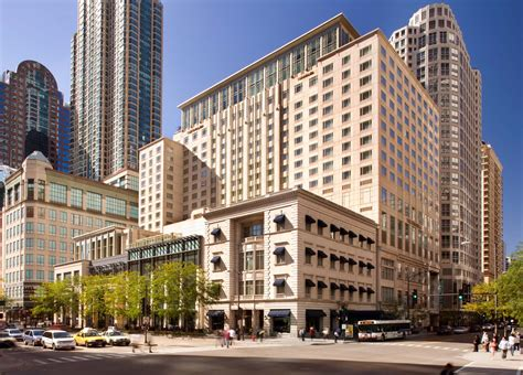 inn in chicago peninsula hotel chicago