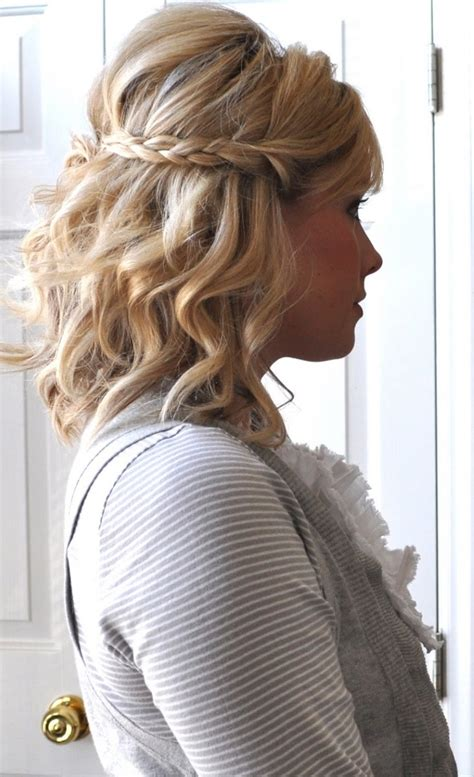 beach wave hairstyles short hair 11 beautiful braids for short hair beach waves short