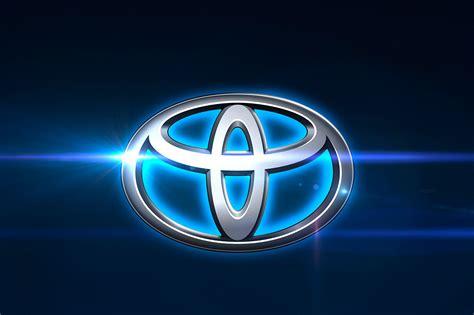 toyota hybrid logo toyota tredobler salget af hybridbiler i danmark