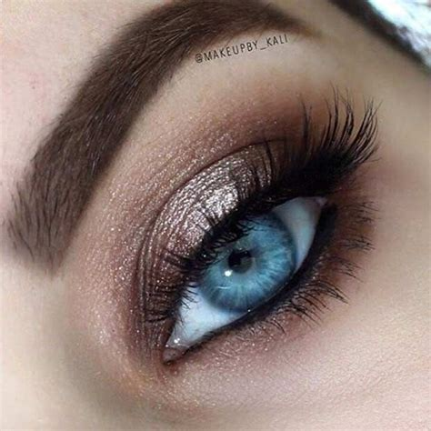 31 Eye Makeup Ideas for Blue Eyes   StayGlam Beauty   Blue