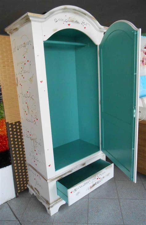 armadi colorati mobili in stile vintage mobili colorati e dipinti a mano