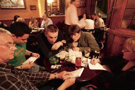 film pub quiz london best london pub quizzes bars pubs time out london