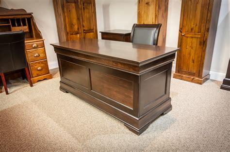 maple phillipe office desk  chair lloyds mennonite