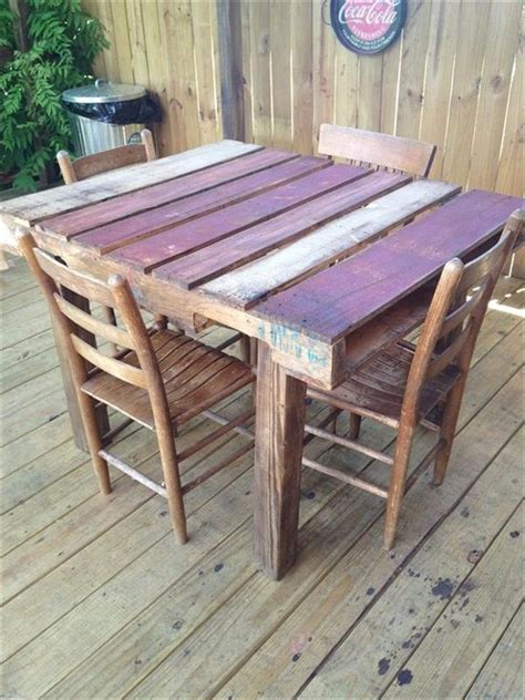 Dining Table Made From Pallets 25 Best Ideas About Pallet Dining Tables On Pallet Tables Pallet Table Outdoor And