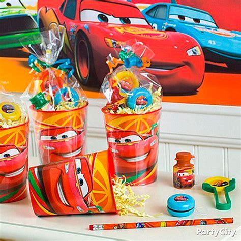 cars themed birthday giveaways 41 ideias para festa infantil tema carros dicas da japa