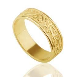 wedding ring gold yellow gold engraved vintage wedding ring