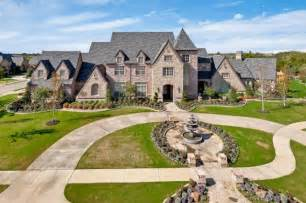 1 Bedroom Apartments For Rent In Miami Dallas Cowboys Sack Master Demarcus Ware Lists Colleyville