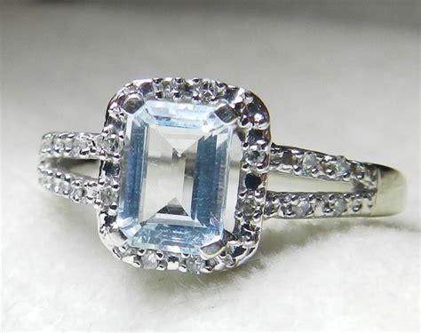 aquamarine ring 0 80 carat emerald cut aquamarine
