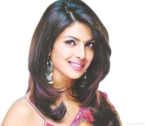 Priyanka Chopra Hairstyles by Medium Hairstyle Of Priyanka Chopra