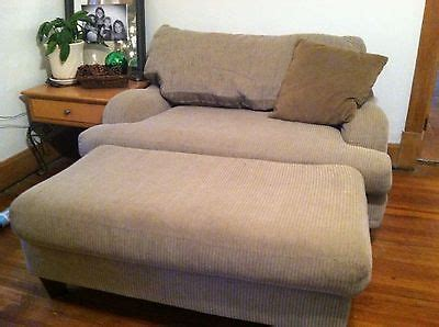oversized loveseat with ottoman 1000 images about oversized chairs and ottomans on