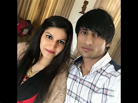 sapna choudhary and husband sapna chaudhary enjoying 2017 blast youtube