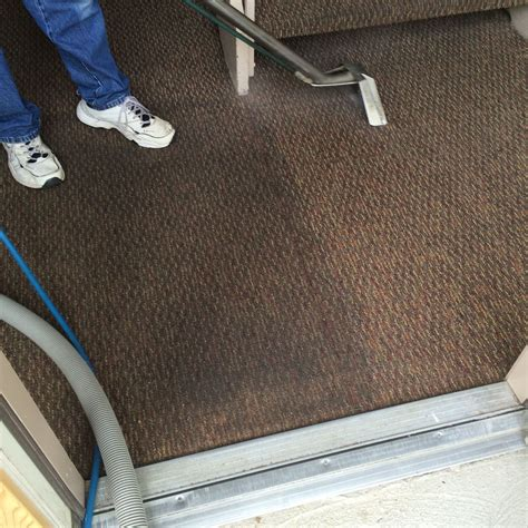 local upholstery cleaners local carpet cleaners livonia mi carpet vidalondon