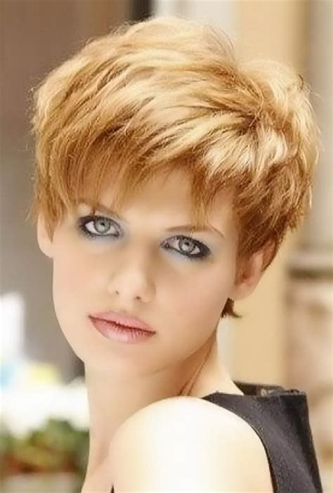 womens short hairstyles pictures short haircuts for women with bangs