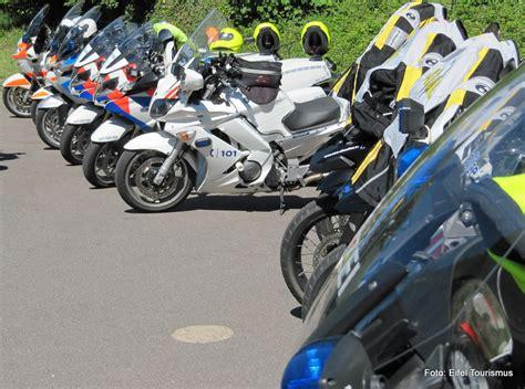 Motorradfahren Aber Sicher by Routenteam Tourguides Eifel Motorrad Bei Kage