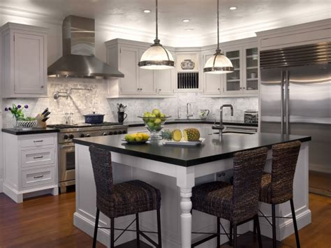 White Kitchen Cabinets With Stainless Steel Appliances by White Kitchen Cabinets With White Kitchen Cabinets With