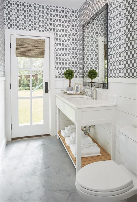 shiplap wainscoting 25 best ideas about shiplap bathroom on
