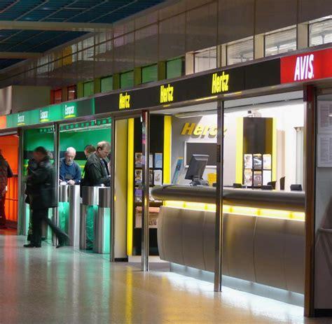 Auto Mieten Frankfurt Flughafen by Autovermietung So Finden Sie Den G 252 Nstigsten Mietwagen Welt