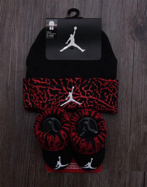 jordan jordan infant hat booties from leatrices closet on air jordan baby boy infant hat booties set black red