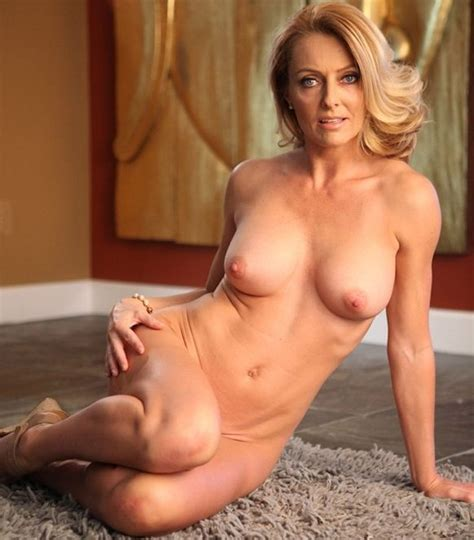 Best Hot Mature Images On Pinterest Beautiful Women Boobs And The Beauty