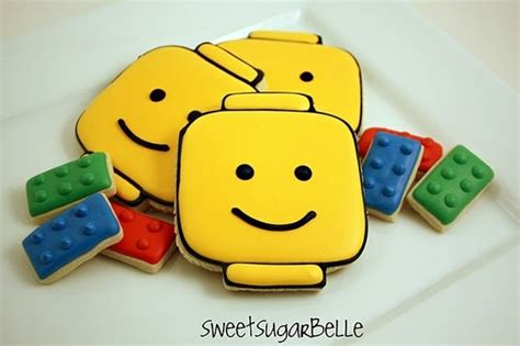 tutorial lego man lego man cookie tutorial via thebusybudgetingmama com