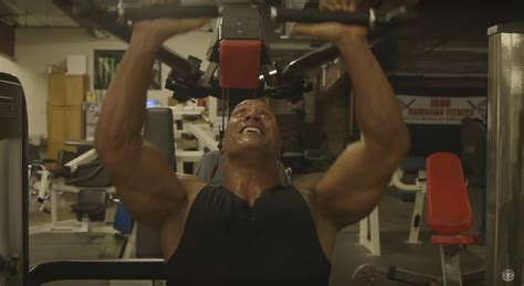 dwayne johnson bench watch dwayne quot the rock quot johnson s workout is a lot