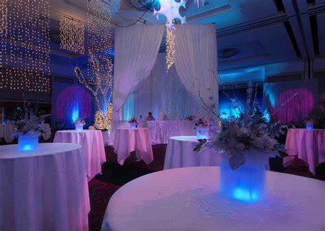 i do royal s royal blue wedding reception decoration