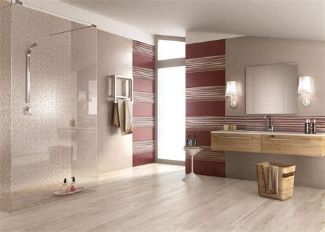 rivestimento bagno effetto legno bagno con pavimento effetto legno divani colorati