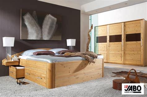 schlafzimmer betten aus holz holzbetten hochwertige betten aus massivholz kaufen